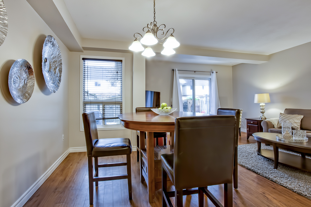 282 starwood freehold townhome guelph dining 1  image