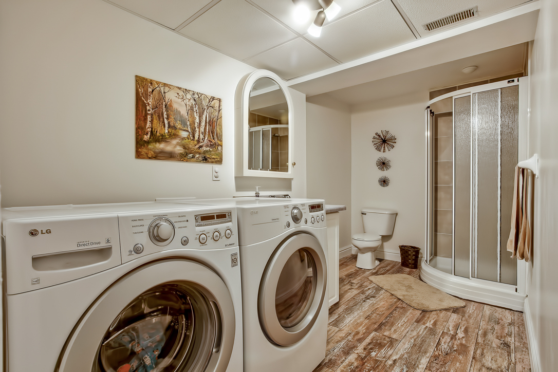 282 starwood freehold townhome guelph laundry 1  image