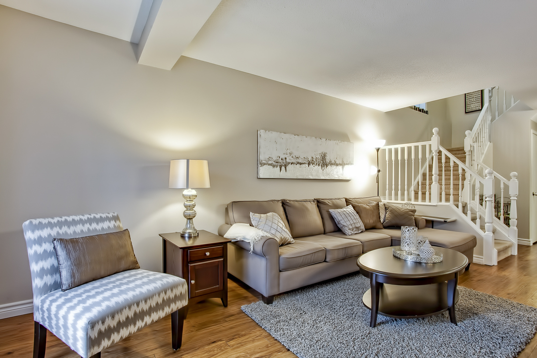 282 starwood freehold townhome guelph living room 1  image