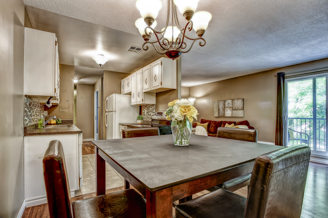 guelph 2 bedroom condo 234 willow road 302 24  image