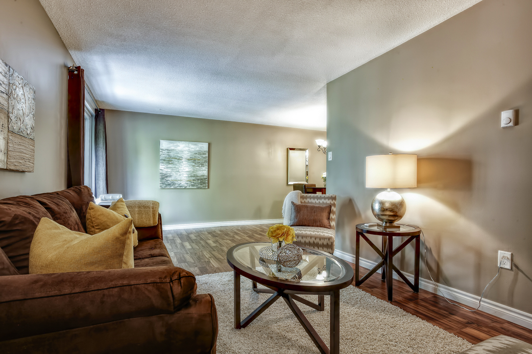 guelph 2 bedroom condo 234 willow road 302 27  image